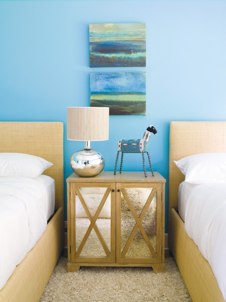Southampton ny lynne scalo design for Bedroom colour matching